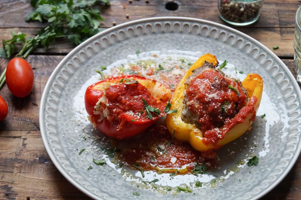 Paprika ripieni - Gefüllte Paprika mit Reis oder Hackfleisch