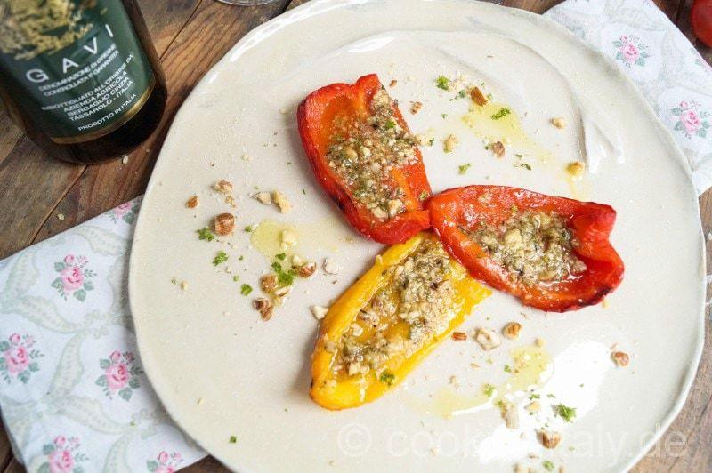 Gegrillte Paprika mit Haselnuss Pesto