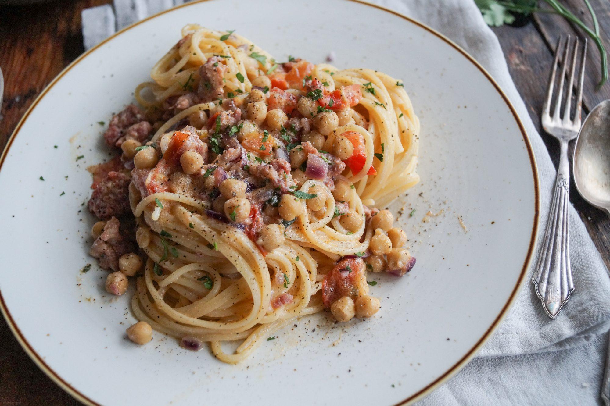 Spaghetti al Sugo di Ricotta e Ceci