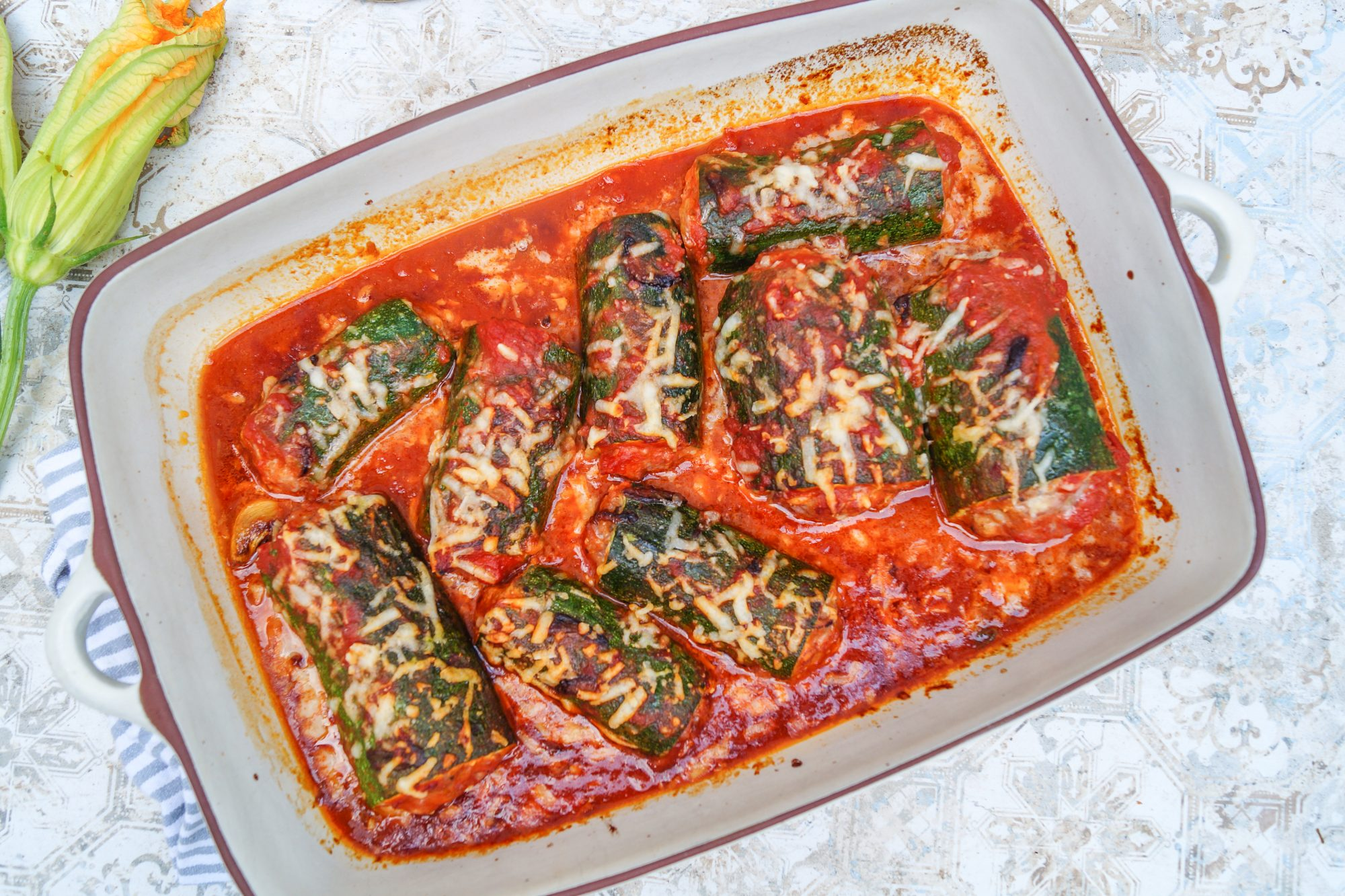 Zucchini ripieni al forno - Gefüllte Zucchini überbacken