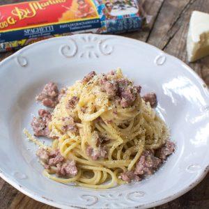 Spaghetti Cacio e Pepe con Salsiccia