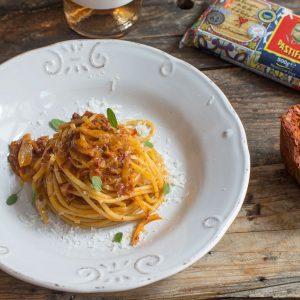 Spaghetti al sugo di Nduja e Pecorino